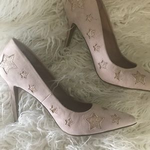 Betsey Johnson Pink Star Heels , size 8 runs small